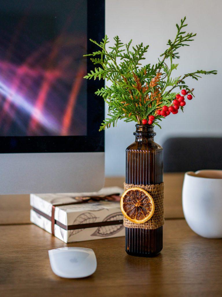 christmas office desk decoration avilavi blog